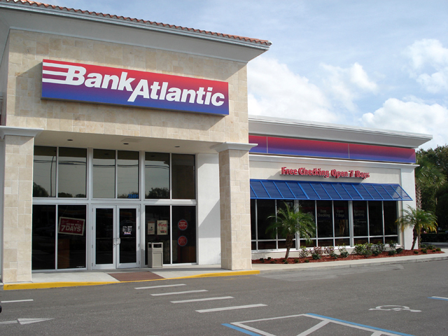 Commercial Shutters Manufacturer | Tampa | Master Aluminum